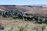 Overview of Maupin, Oregon